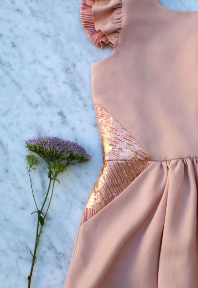 détails de la robe Hanami - Straightgrain et Lotte Martens