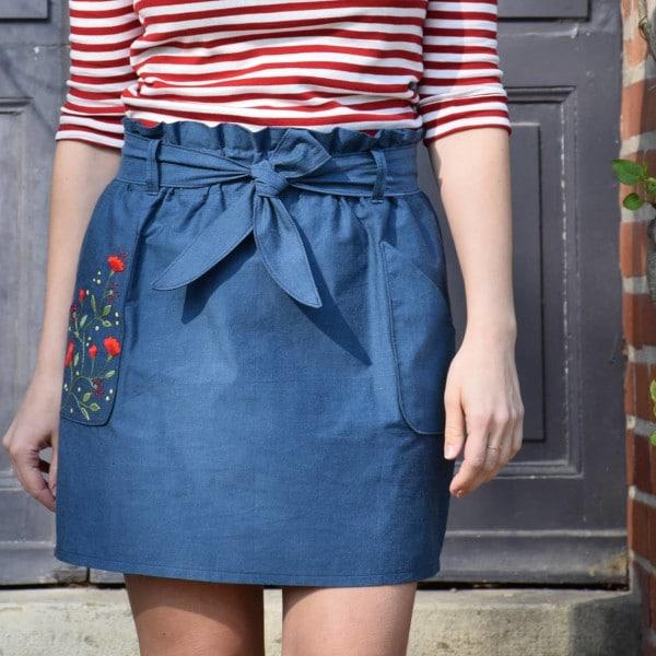Jupe Suzy d'Anna Rose Patterns en sergé bleu azur Hysope Tissus