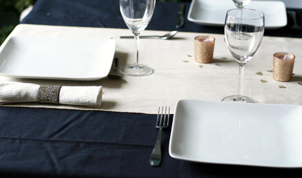 Tuto couture linge de table en lin lavé noir, blanc et or