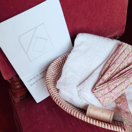 kit couture sortie de bain bébé liberty