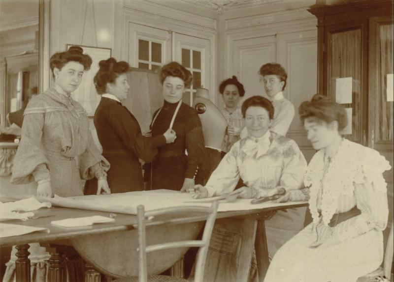 Alice Guerre en cours (1905)
