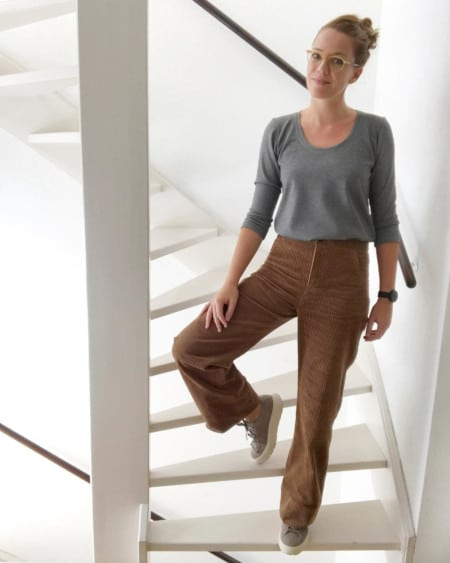 Pantalon en velours et t-shirt Plantain gris chiné @sew.and.press