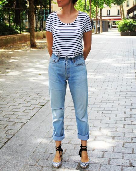 T-sjirt plantain à rayures et jeans pour guinguette et carlite