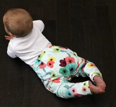 Legging bébé gratuit Baste + Gather - Lauren Dahl