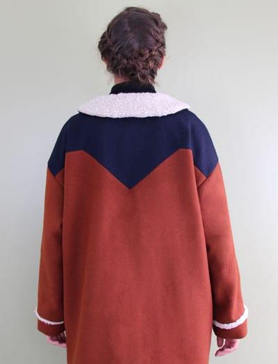 dos du manteau John à empiècements - patron République du Chiffon