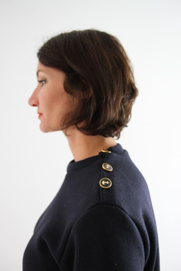 Détails boutons du patron Emilien pull marin - I AM Patterns