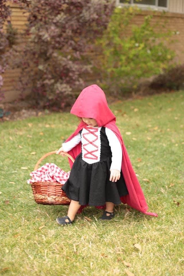 Patron robe Once Upon a Pattern - Le Petit Chaperon Rouge