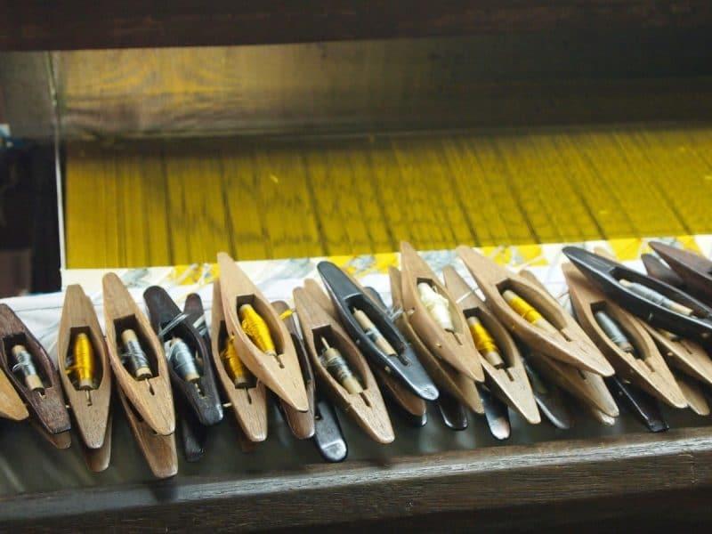 http://globe-trotteuse.over-blog.com/2016/04/visite-d-ateliers-tissage-soie-lotus-coton-birmanie.html