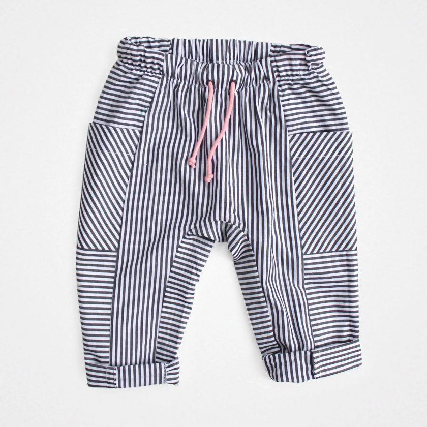 Patron gratuit pantalon et short bébé ou enfant Olli - Misusu Patterns