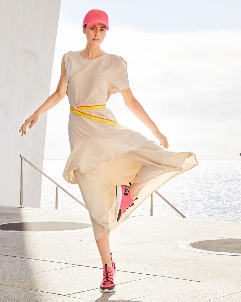 Robe avec ceinture fluo - Burda Style