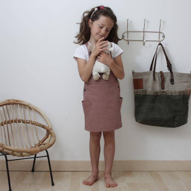 Patron robe salopette Eissaure pour fillette - Rose des Vents