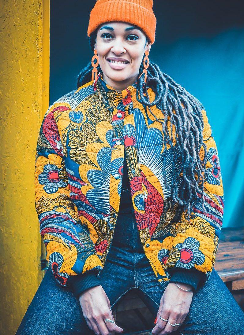 Doudoune en wax - modèle du livre Couture Wax aux éditions Mango