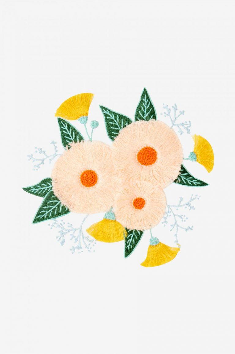 Broderie motif fleurs d'été - DMC
