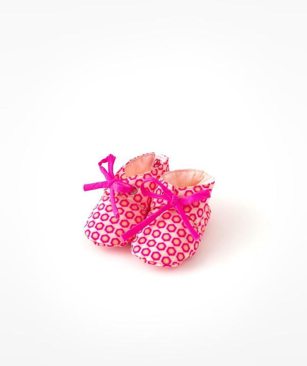 Chaussons bébé fluo ©Petit Pan